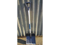 High Quality Aluminium Handle Snow / Mucking Out Shovel £5