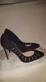 BNWT Zara court shoes 100% leather size 7