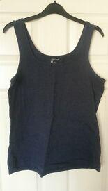 a bundle of women's clothes sizes 16 & 18