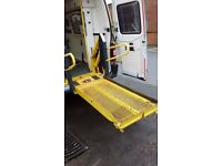 Wheel chair van tail lift
