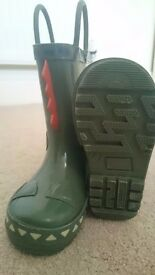 Size 4 Wellies - Adorable!
