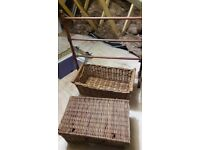 Wicker baskets and other bits