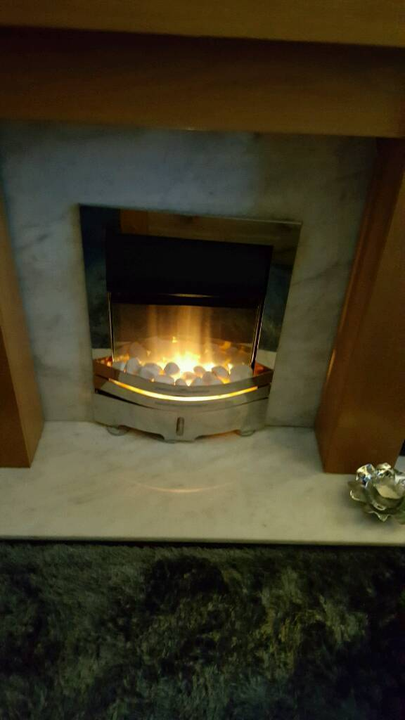 40a59655106 Electric Modern fire. Harthill