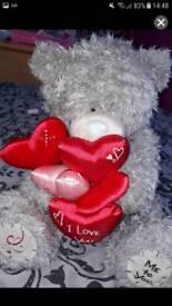 2 tatty teddy bears