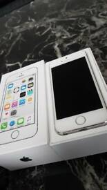 Iphone 5s ***LIKE BRAND NEW***