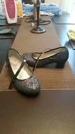 Girls sparkle heeled shoes size 1