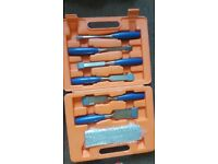 Block and chisel set