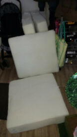4 quality cushions fro. 2 and 3 seater sofa
