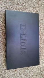 D-Link DES 108 - switch - 8 ports in very good condition