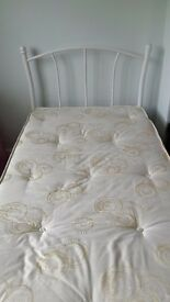 WHITE SINGLE BED WITH LUXURY POCKET SPRUNG MATTRESS EXCELLENT CONDITION