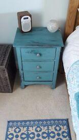 Set of Bedside Drawers For Sale!