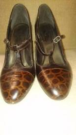 Brown leather size 6