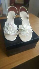 Roland Cartier heel shoes