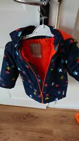 Boys winter coat 9-12 month