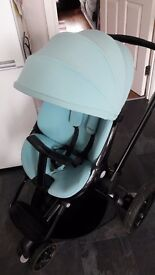 Quinny Moodd push chair in limited edition novel nile
