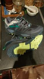 Brooks Cascadia 10 trail trainers for sale