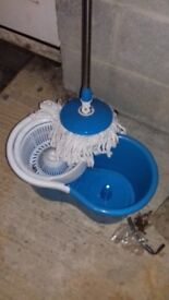 Spinning mop and bucket