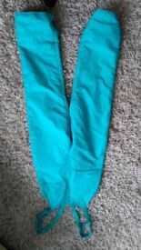 Womens ski trousers/salopettes size 12, but I think come up small.