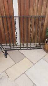 Metal fence panels x6