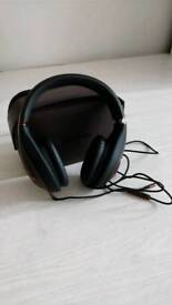 Noise Cancelling Klipsch M40 Headphones