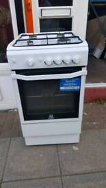 Gas cooker full working order. Delivery available