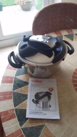 4l Tower Pressure Cooker T90114 One Touch Control Never Been Used