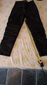 JTS Leather motorcycle trousers XS