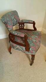 VINTAGE CHAIR AGE UNKNOWN POSSIBLE IDEAL RENOVATION PROJECT