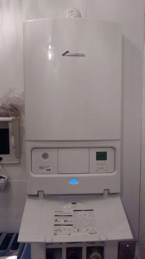 _12 month old Worcester Greenstar 24i System Boiler
