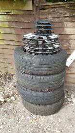 Vivaro van steel wheels with caps. 195/65/16