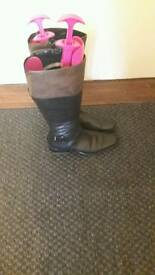 Caprice leather boots size 4.5