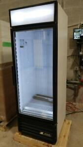 True GDM-26 One Glass Door Commercial Cooler Refrigerator