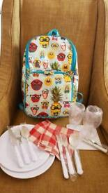 NEW! PAPERCHASE backpack picnic hamper