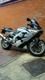 Kawasaki zx6r yr2000