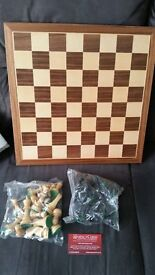 Wooden Chess Board and Chess Piece Set - Band New!
