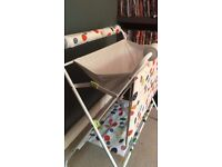 Foldable baby bath PERFECT for c-sections mums and dads
