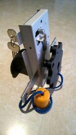 Garador Lock Body, Cylinder and std Handles.