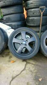 Ford alloy's 16 inch Black in good condition