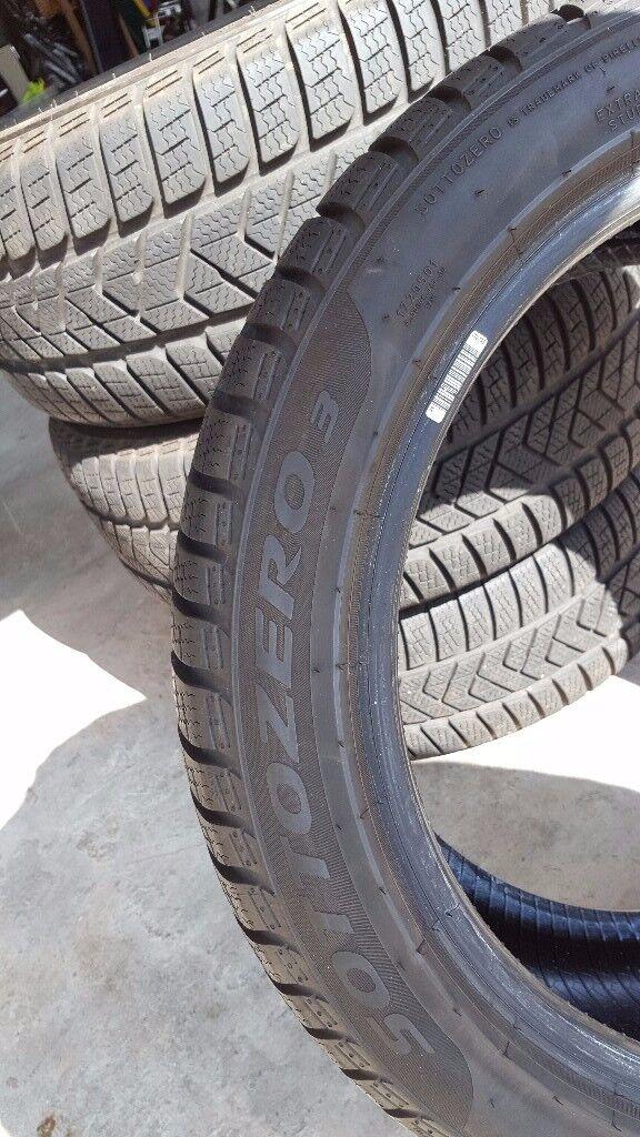 Four Pirelli Sottozero3 205/50/R17 93VXL WINTER TYRES. Excellent condition