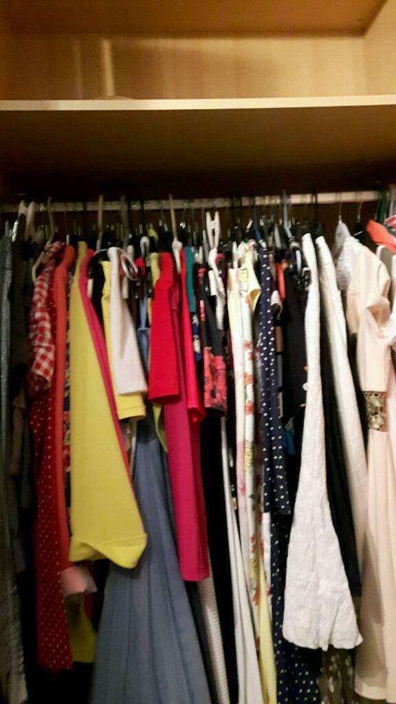 4 door wardrobe very good condition