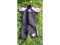 Girl wetsuit 8-11 years old size 3 like new