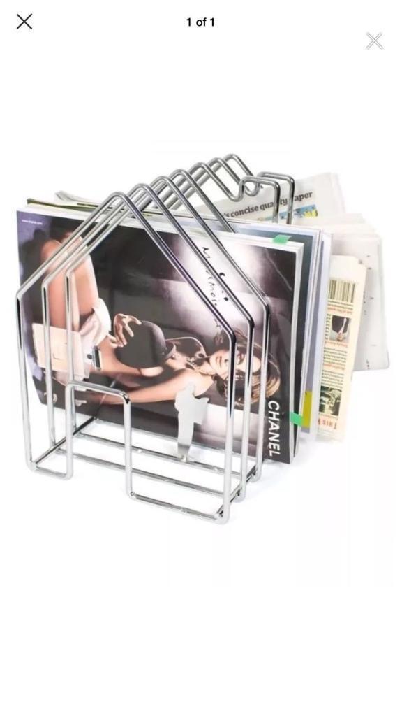 Chrome wire house magazine holder