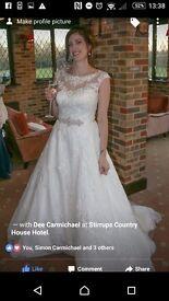 Wedding Dress Ivory 68060 Ronald Joyce Size 10