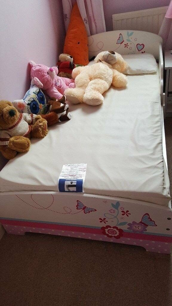 Free White Toddler Bed With Butterly Flowers And Heart Design