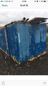 24foot secure metal site hut with small kitchen,needs painting collection only £1000 no offers
