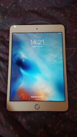 Apple ipad mini 4 64gb gold. In very good condition with warranty.