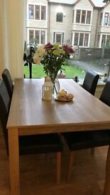 Ashbourne dining table with 4 leather chairs