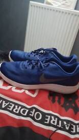 Nike shoes size 12 UK good condition