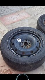 Michelin tyre with rim for Renault Laguna. Good condition