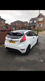 2011 Ford Fiesta Zetec 1.25 White Full zetec s body kit alloy wheel